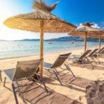{:ru}Пляжи Корсики: заливы, курорты и километры песка{:}{:uk}Пляжі Корсики: затоки, курорти і кілометри піску{:}